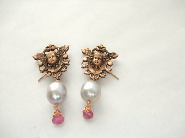 18k Rose Gold Vermeil Cherub in Shield with Pearl & Tourmaline Earring