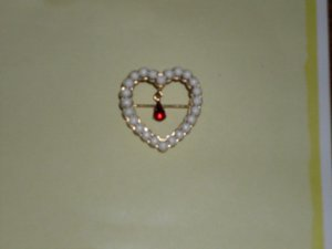Avon Faux Pearls Ruby Rhinestone Heart Brooch