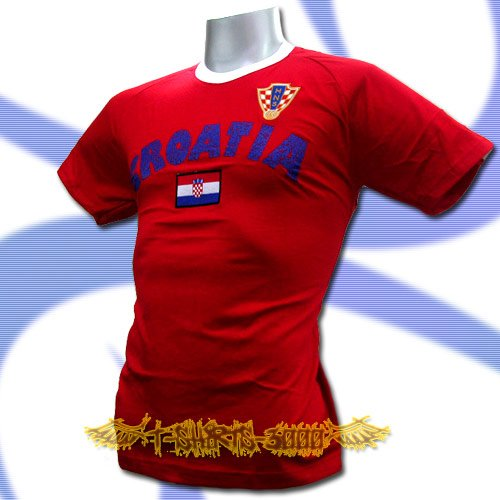 CROATIA RED ATHLETIC FOOTBALL T-SHIRT SOCCER Size M / L60