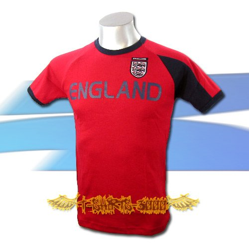 ENGLAND RED SOCCER TEE T SHIRT FOOTBALL Size M / A05