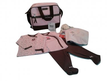 Carter's 6 Months Pink Hearts Layette Diaper Bag Set