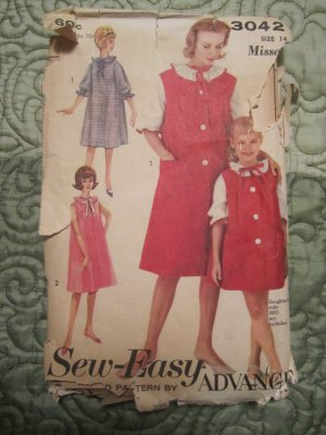 3042 Vintage 1950s Sew Easy Advance Sewing Pattern Nightgown