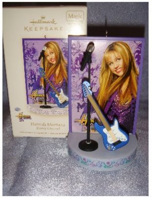 Hallmark Hannah Montana Musical Christmas Ornament plays *Best of Both Worlds*New in Box