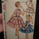 Simplicity 1255 girls 1955 Vintage Party dress size 10 bust 28  sewing pattern