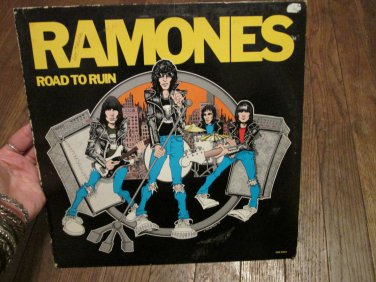 "Ramones -Road to Ruin Sire Records 12"" Vinyl Record SRK 6063"