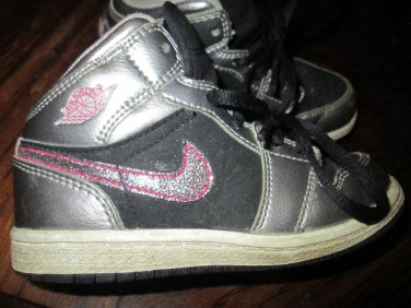 info for 42687 f45ca Girls Toddler Size 9C Silver Black w/Pink Glitter Nike Air ...