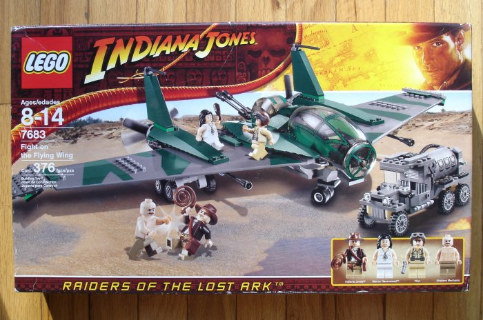 LEGO Indiana Jones Fight on the Flying Wing 7683 NEW