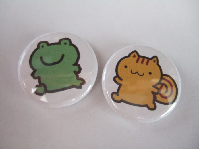 "1"" Button Set: Frog & Squirell"