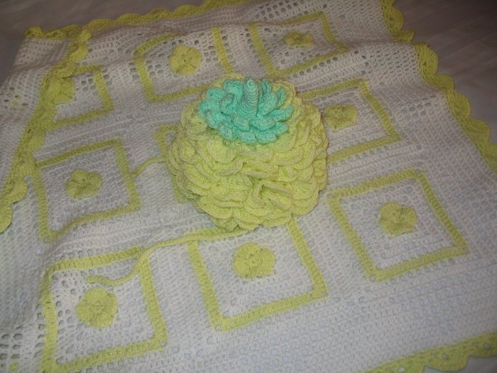 POSIES HAT AND MATCHING BLANKET HANDMADE CROCHET CROCHETED