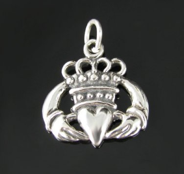 .925 Sterling Silver Celtic Claddagh Heart Pendant