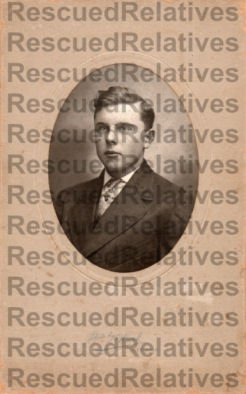 DAY, SR., VERNE OVINGTON, Identified photograph, MEEKER, OHIO