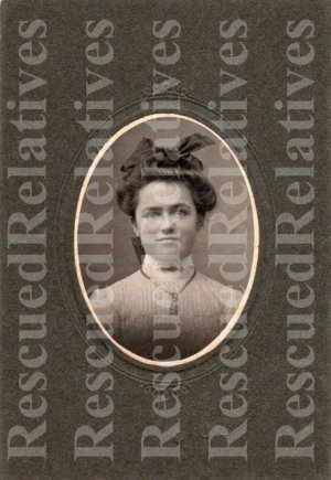 NEFF, ANNIE S., Identified photograph, Lancaster, Pa.