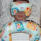 Froggie loves you ! - eye mask pillow and neck pillow
