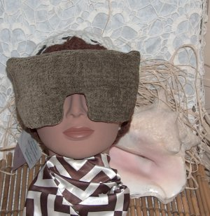 Mottled Moss Green Eye Mask with real lavender inside