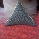 triangle reversible sachet crosshatch design or ivory satin