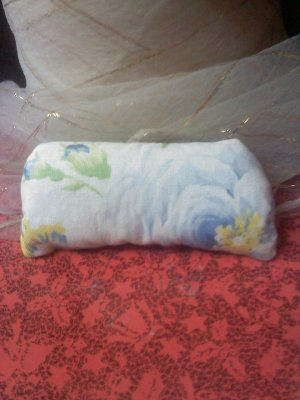 Blue roses cotton sachet hand-stitched rectangle - with lavender inside