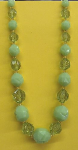 Western Germany green and yellow long necklace
