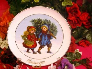 Avon Collectors Plate - 1981 - Sharing the Christmas Spirit