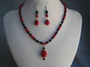 "19"" Red Ladybug Red Fossil Gemstone Black Glass Necklace Ear Ring set"