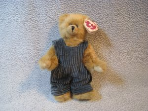 Oscar the Bear TY Collectibles Retired MWMT