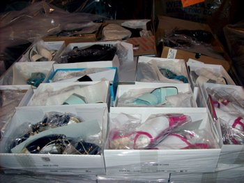 New Overstock Assorted Chadwick Shoes(1 CASE=100)