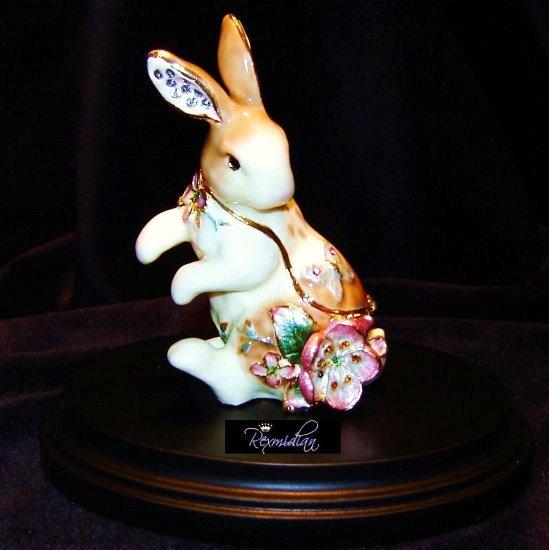 Fitz & Floyd - Garden Rhapsody Rabbit Trinket Box