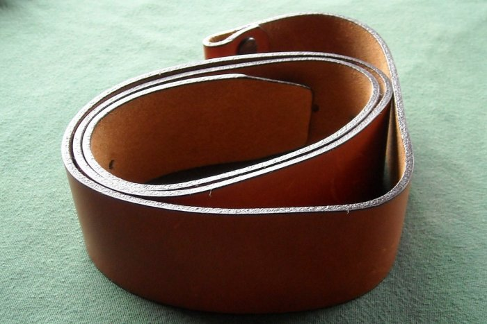 Vintage Canterbury womens leather belt 41""