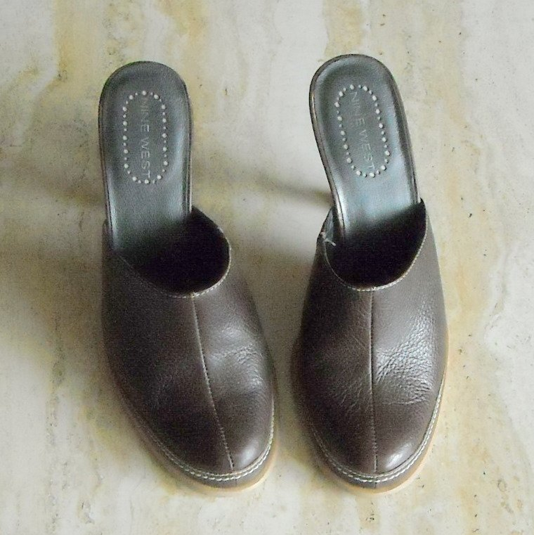 Nine West Womens Mules Slides Shoes Size US 7.5 M