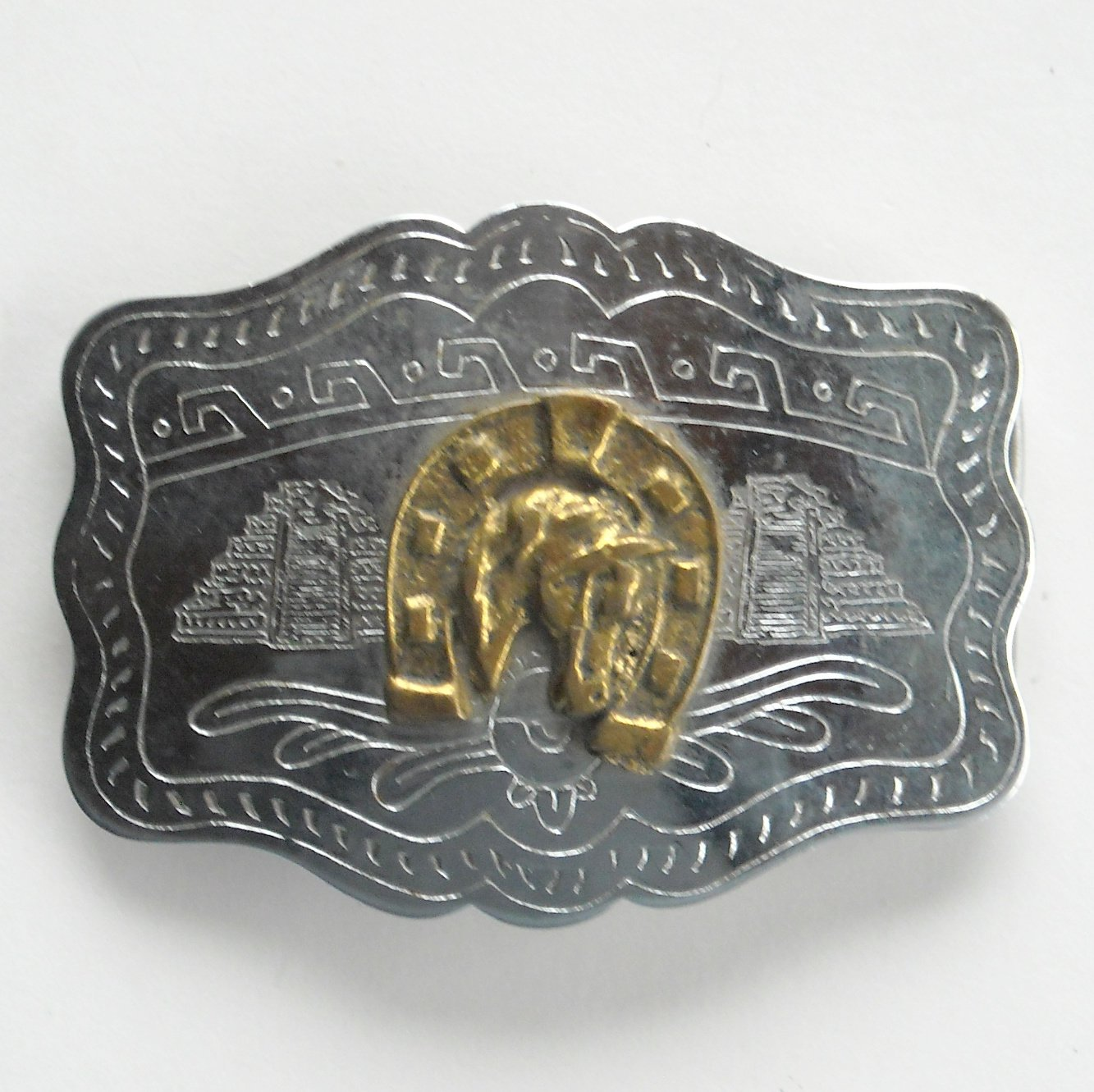 Vintage Horse Head Horseshoe Silver color metal alloy belt buckle