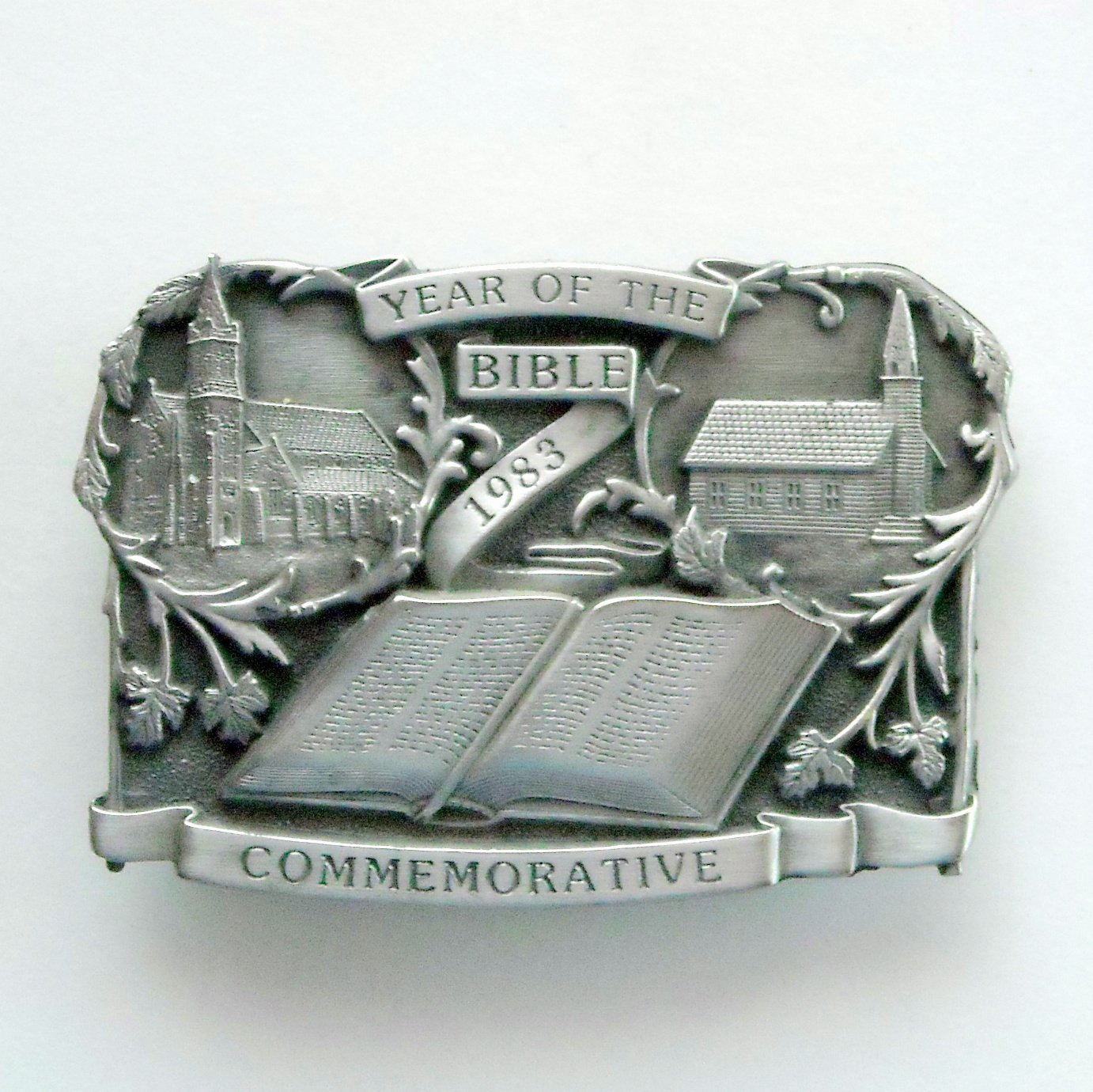 Year Of The Bible 1983 Bergamot Limited Edition No 6614 Pewter Belt Buckle