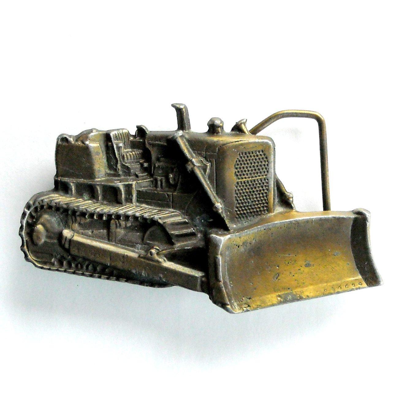 Caterpillar D6 Dozer Bulldozer 3D Bergamot Brass 1978 belt buckle