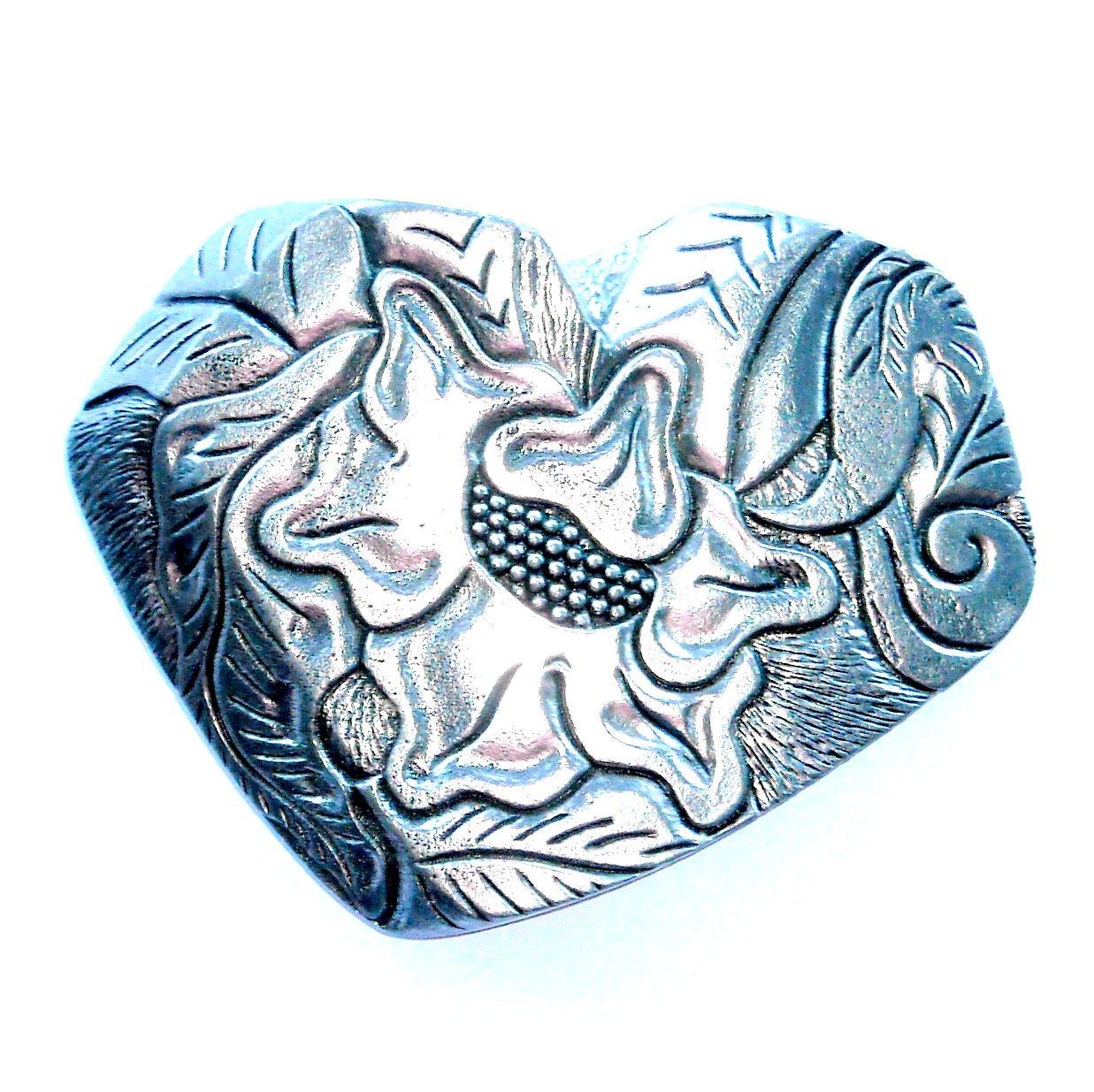 Heart Shaped Flower Design Western Belt Buckle