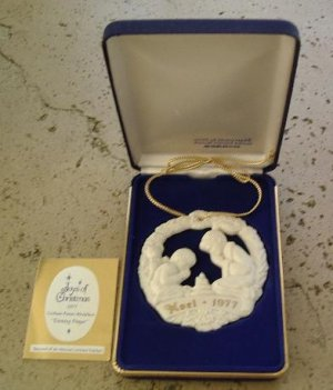 Gorham Parian Medallion Evening Prayer ornament 1977