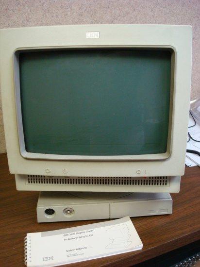IBM 3196 Dumb Terminal Display Station and Manual 81X5363