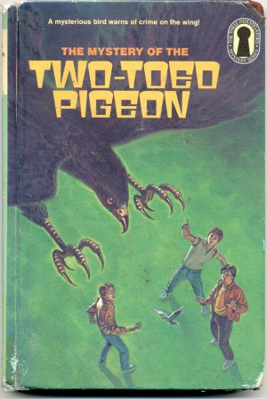 3 THREE INVESTIGATORS # 37 Mystery of the Two-Toed Pigeon WILLIAM ARDEN 1st Edition KEYHOLE HB