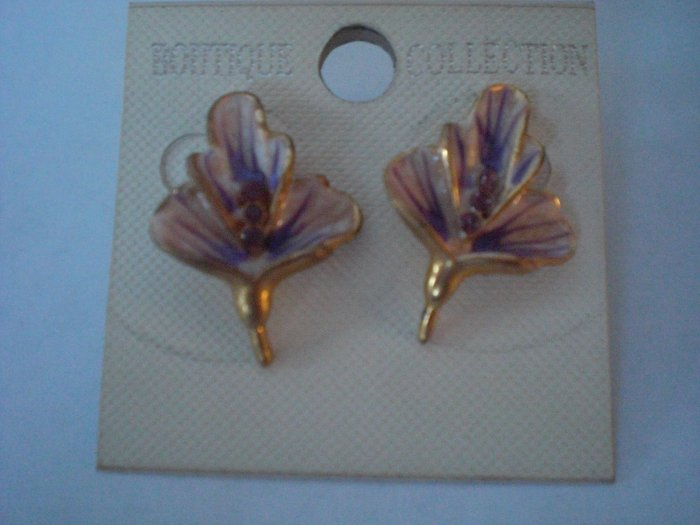 Lilac Flower Earrings with Purple Rhinestones