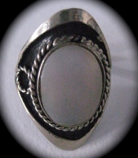 Silver Stone Ring (Light Pink)