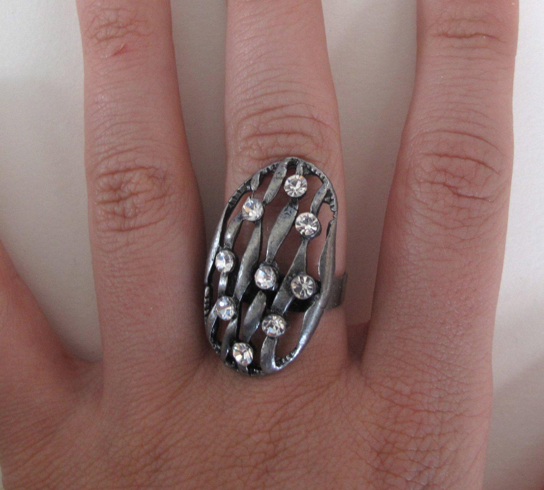 Pretty Girl Rock Ring (Silver)