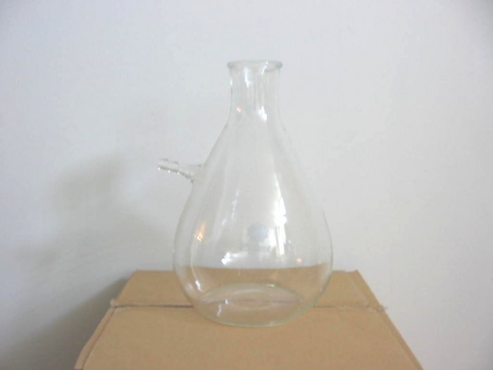 Filtering flask with tubulation: 3000ml