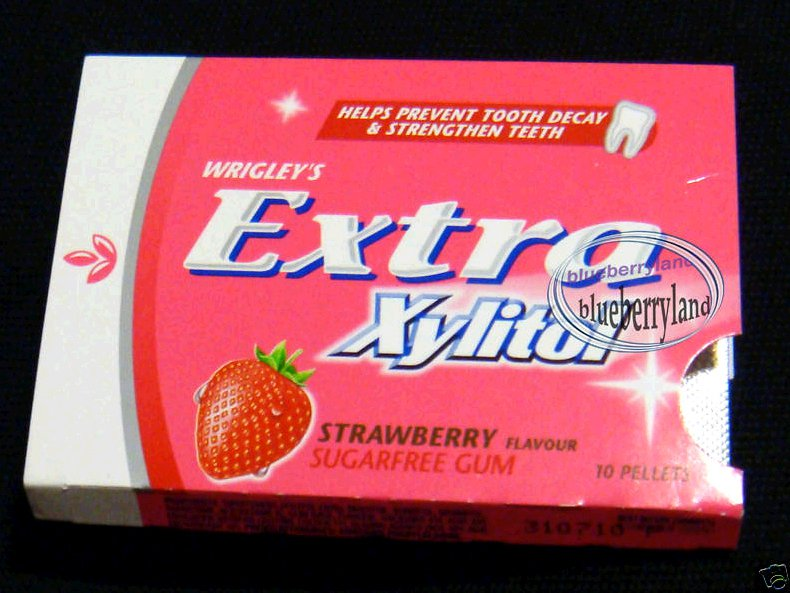 Wrigley's EXTRA Xylitol Sugarfree gum strawberry favor chewing gums 2 packs