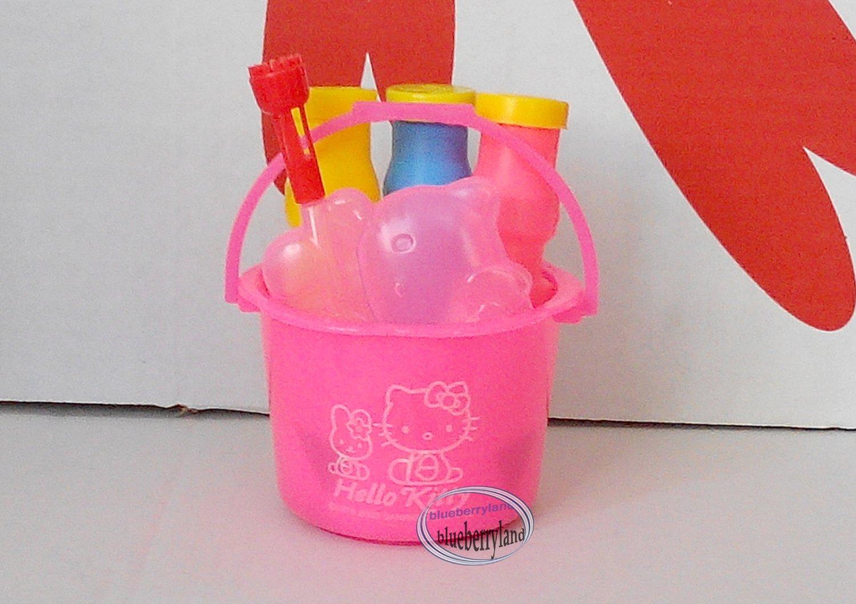 Sanrio HELLO KITTY BUBBLE Toy 5 pcs gift set child Toys Girls kids outdoor