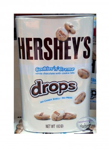 Hershey's Drops Cookies 'n' Crème 60g Solid White Chocolate Candy with Crunchy Bits