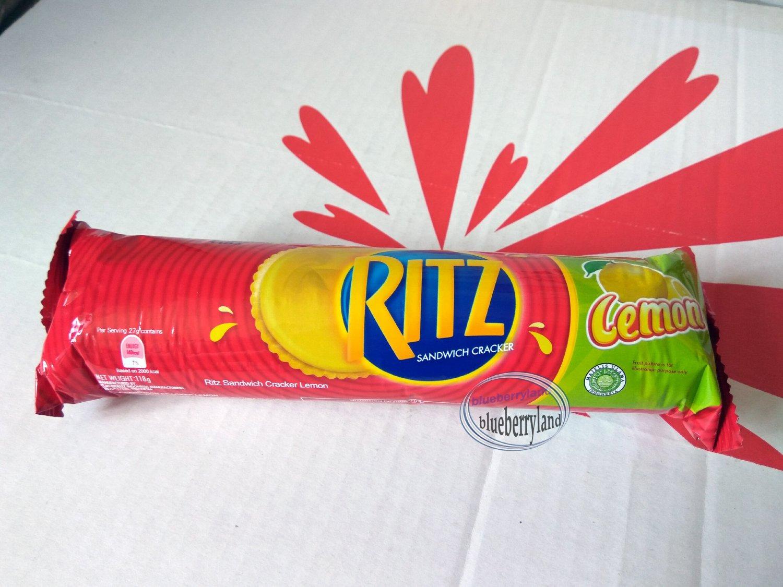 Ritz Sandwich Cracker Lemon cookie Biscuit 2 rolls packs