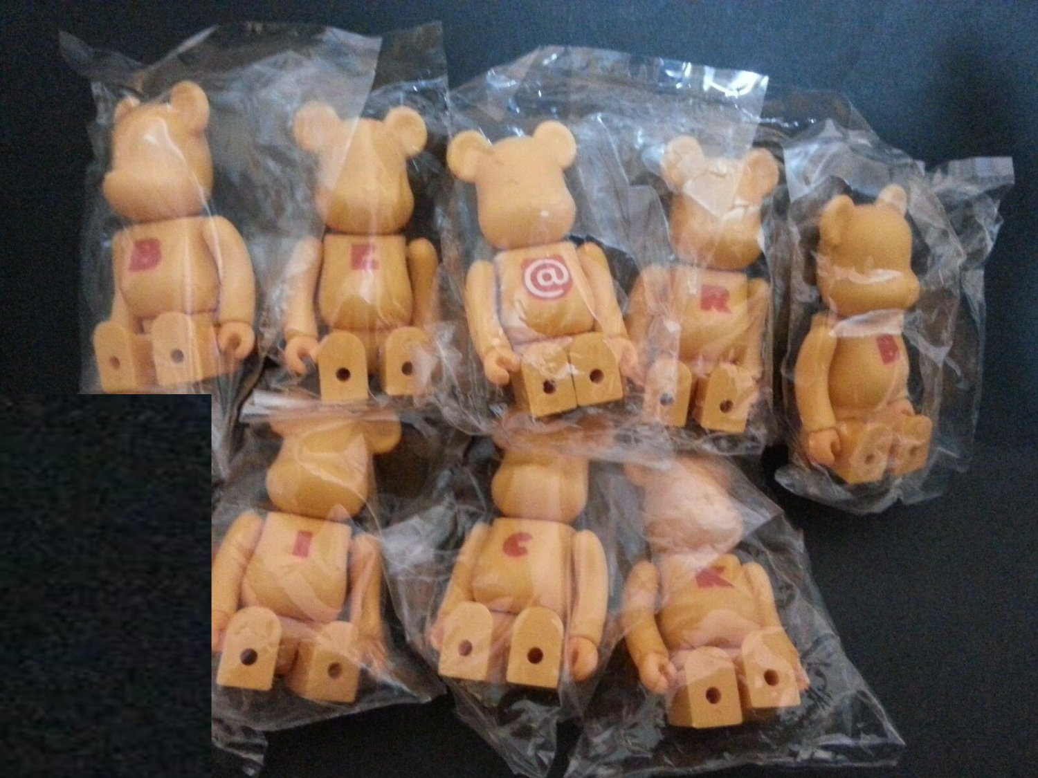 Medicom Toy 2001 Be@rbrick 100% Bearbrick Series 2 Basic Action Figure S2 8 Pcs Set collectible