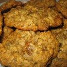 1 1/2 Dozen (18) Premium Homemade Oatmeal & Golden Raisin Cookies