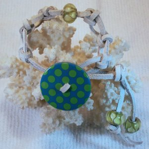 White Suede Leather Bracelet.  Check Our Store twodotts.ecrater.com