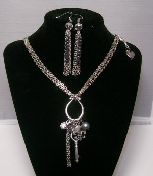Silver color Necklace & Ear Ring Set