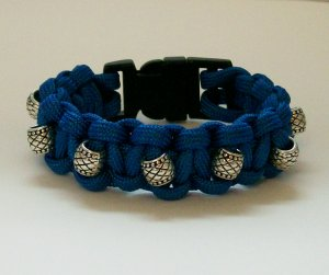 Blue beaded Paracord bracelet