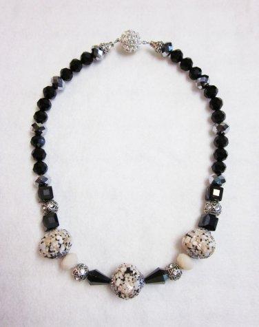 Black & Beige beaded necklace
