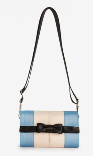 Harveys Disney Alice Streamline Wallet Seatbelt